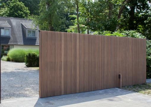 Pouleyn poorten en ramen deuren hout en aluminium