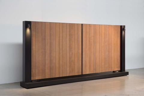 Tore aus aluminium und massivholz: Modell 5